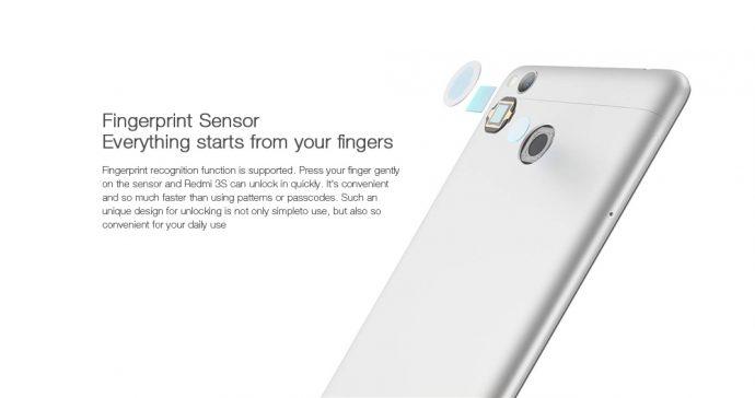 背面には指紋認証センサー