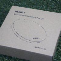 AUKEYのQi対応ワイヤレスチャージャーLC-C2レビュー。シンプルでコンパクトな無接点充電器