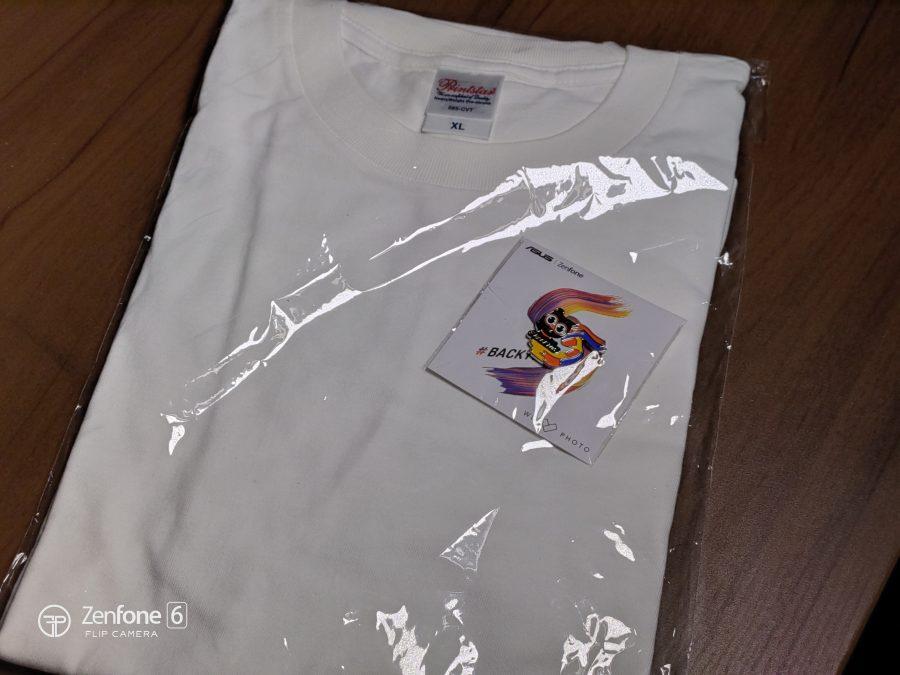 30周年記念Tシャツと禅太郎ピンバッジ