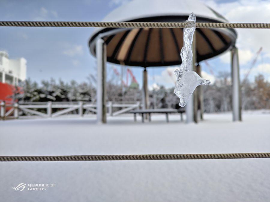 氷。寄ることで背景をボカした