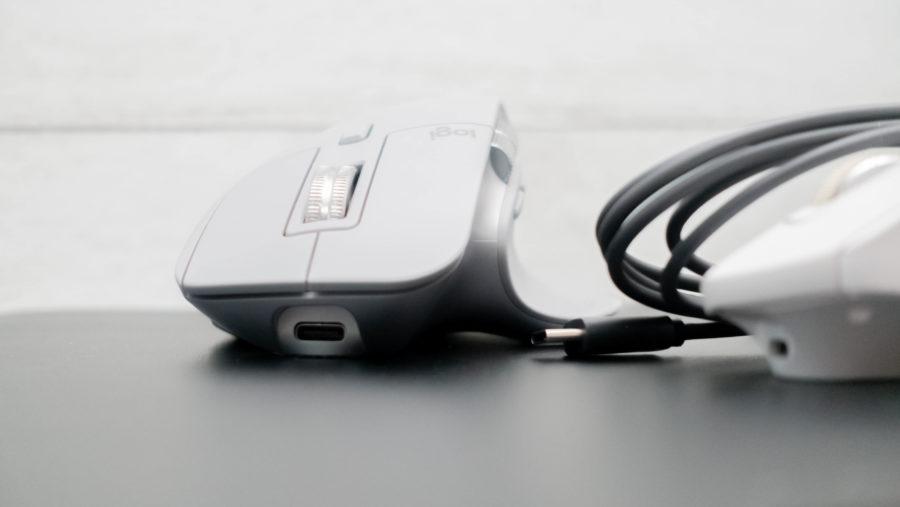 充電ポートがType-Cに。ケーブルも付属