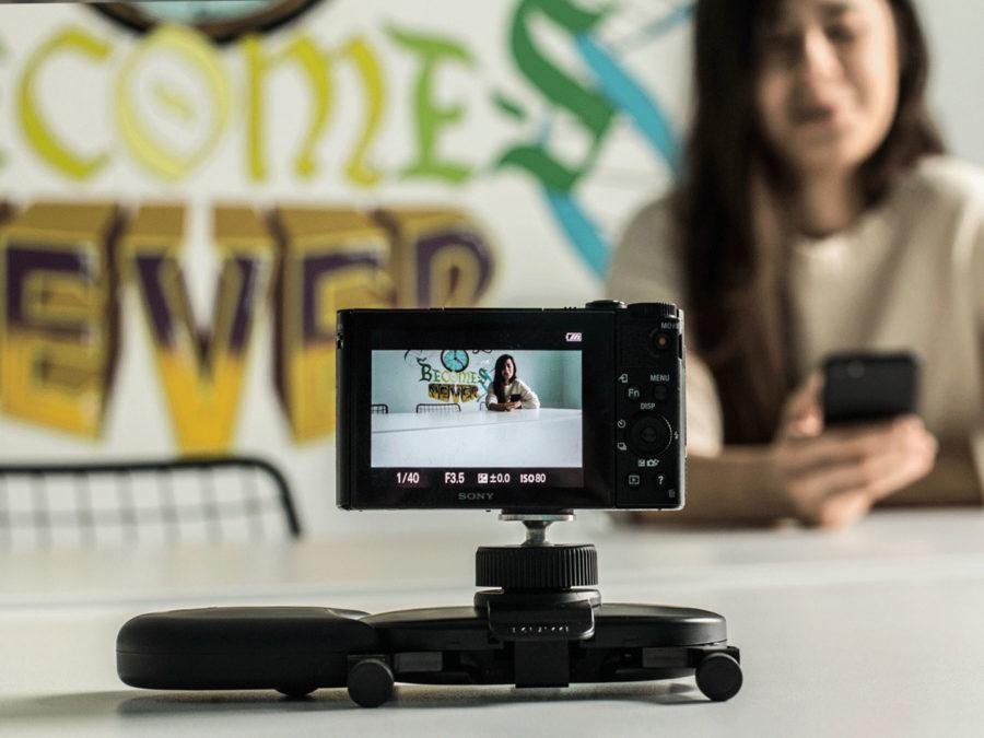 小型のカメラドリー「MUWI」