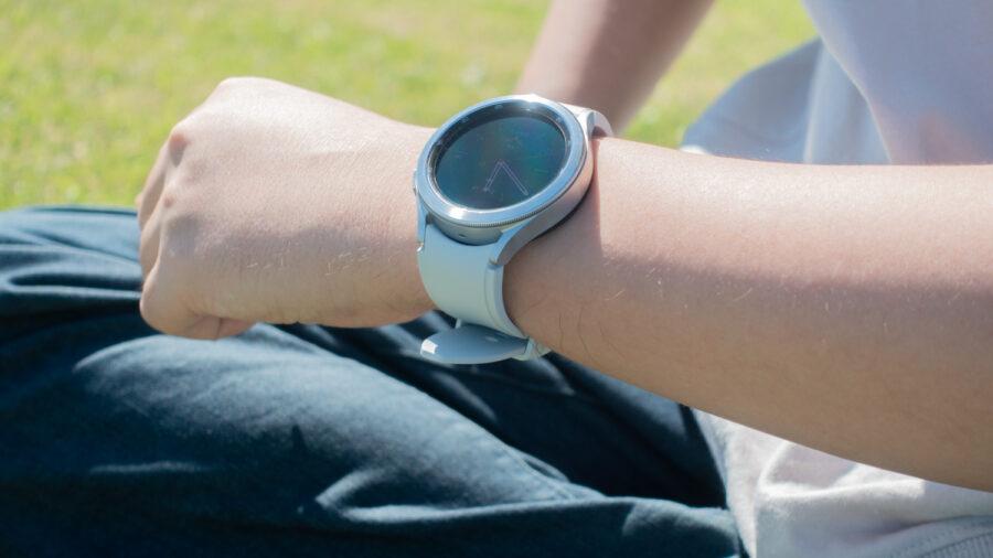 Galaxy Watch4 Classicの回転ベゼル